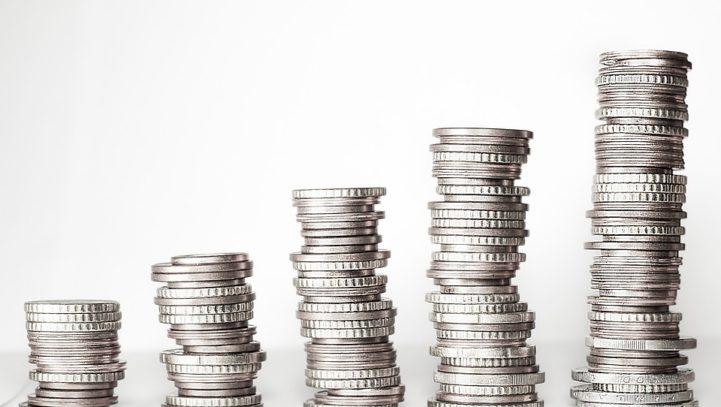 L'Amministratore di Condominio può disporre spese ordinarie inerenti le parti comuni ed i servizi comuni essenziali anche senza preventiva approvazione da parte dell'assemblea.